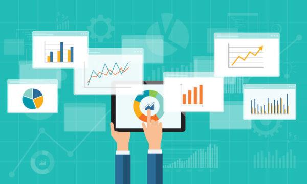 解析ツールでデータを分析する様子